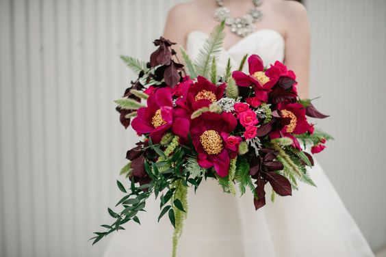 bridal bouquet-bodacious-blooms-peonies